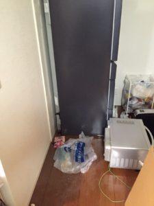 光市内で、食器棚、テーブルなど回収のお客様1
