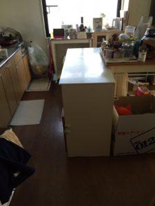 岩国市にて、食器棚とテーブル回収のお客様1