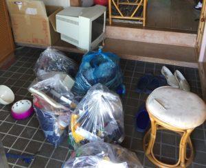 光市にて、食器類など回収のお客様1