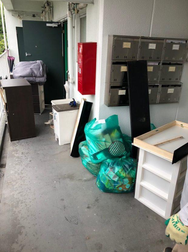 大量にあった不用品の処分に悩んでいたお客様に、お部屋がすっきりと片付きご満足いただけました。