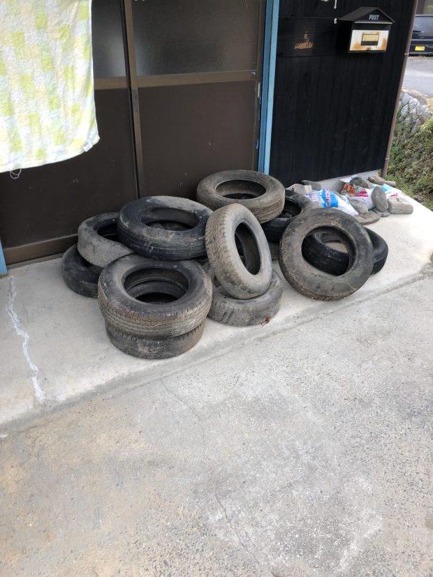 【周南市戸田】エレクトーンと古タイヤの回収☆自治体での処分が難しい不用品を処分できお喜びいただけました!