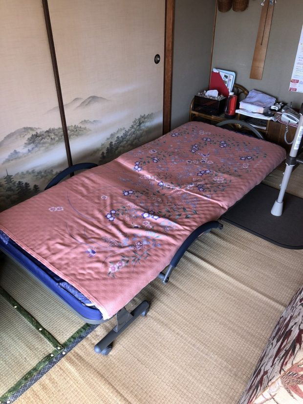 【岩国市玖珂町】ベッドの回収☆ご予算内で、処分に困っていたベッドを処分できお喜びいただけました!