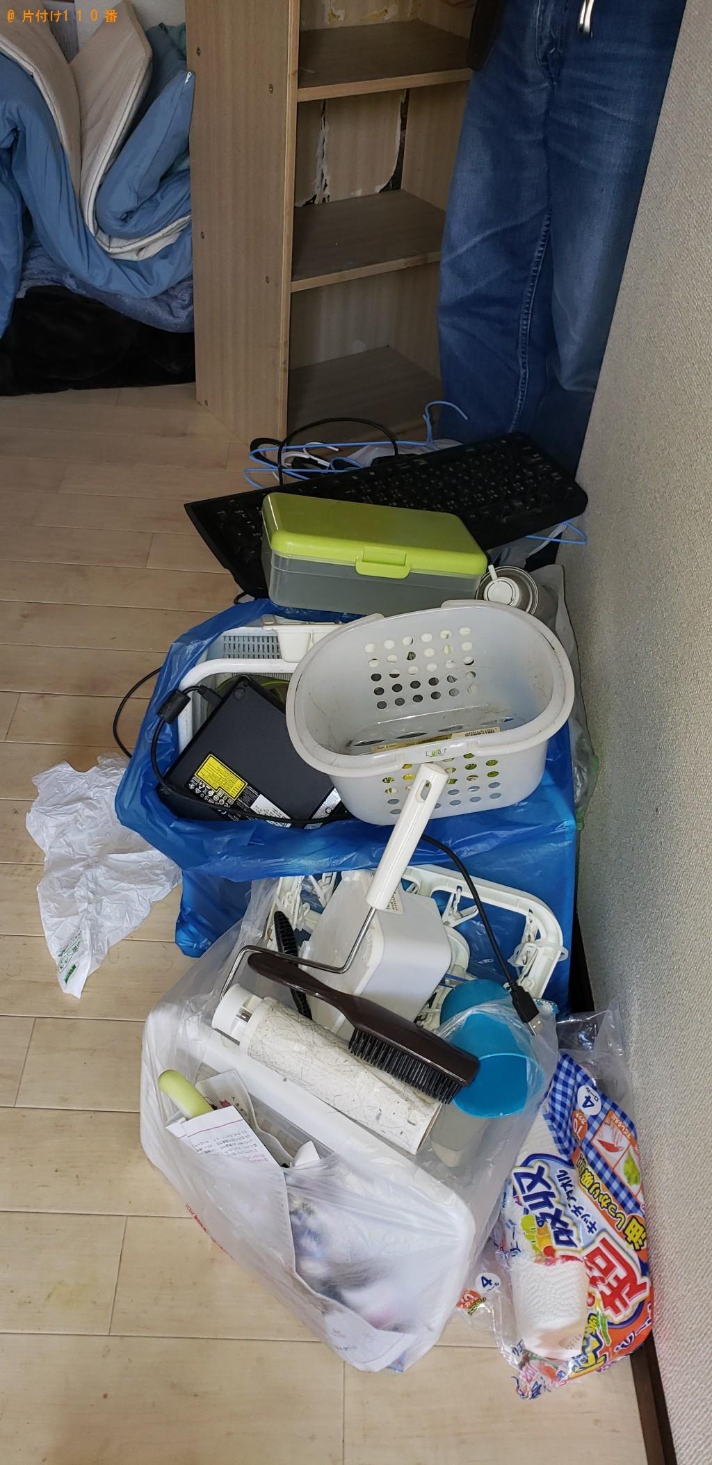 【下関市向山町】ウレタンマットレス、テレビ台、自転車等の回収