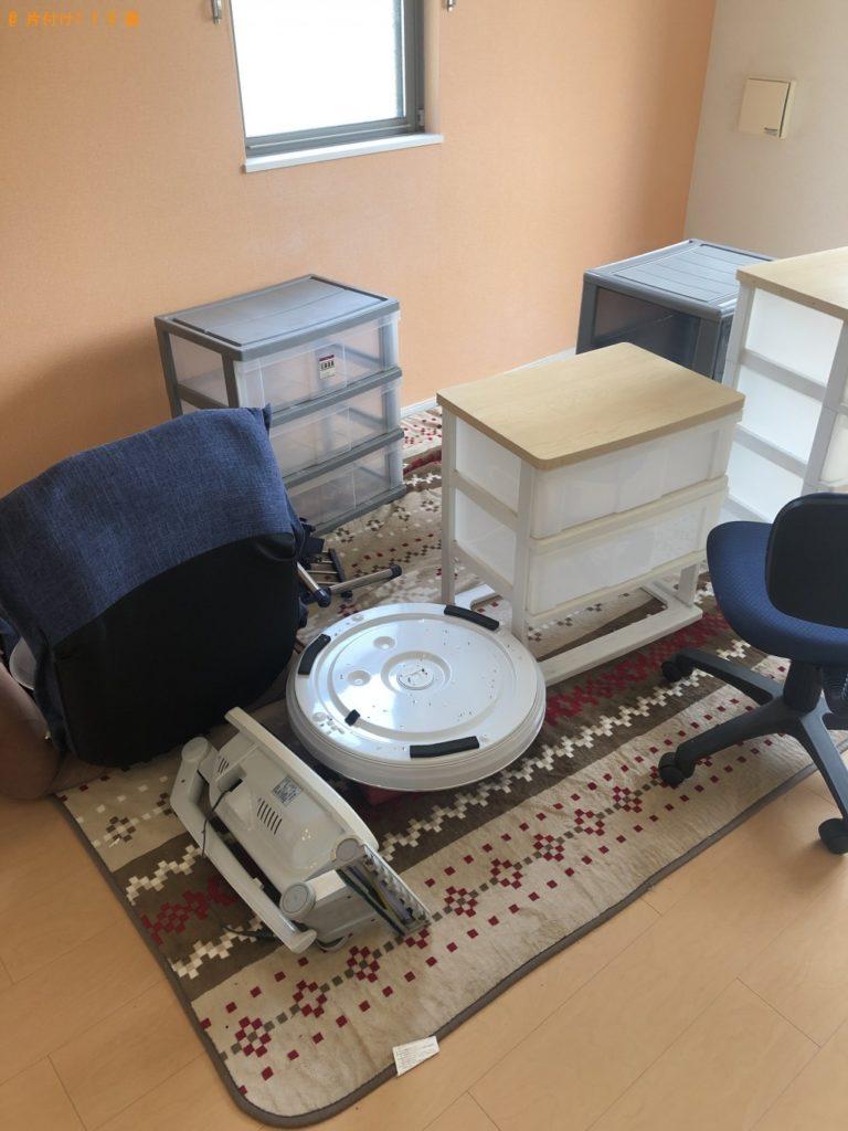 【岡谷市】遺品整理に伴い食器棚、衣装ケース、座椅子、ゴルフバッグ一式等の回収