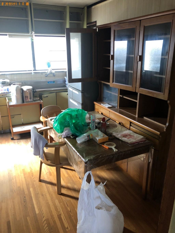 【下松市】食器棚、テーブル、椅子、ポット等の回収・処分ご依頼