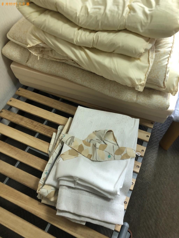 【下関市幡生町】カーペット、布団、本棚、折り畳みベッド等の回収